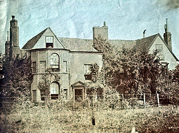 The rear of Campton Manor about 1900 [X254/88/85]